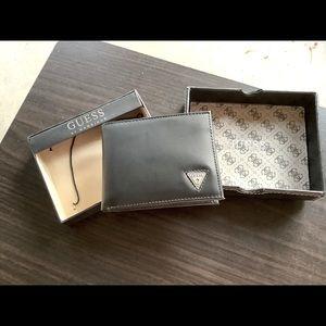 NWT Men's Guess Wallet